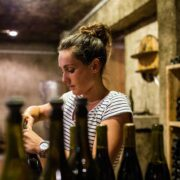 Pour Pauline, du domaine Charles, la place des femmes dans le monde du vin n'est plus à prouver