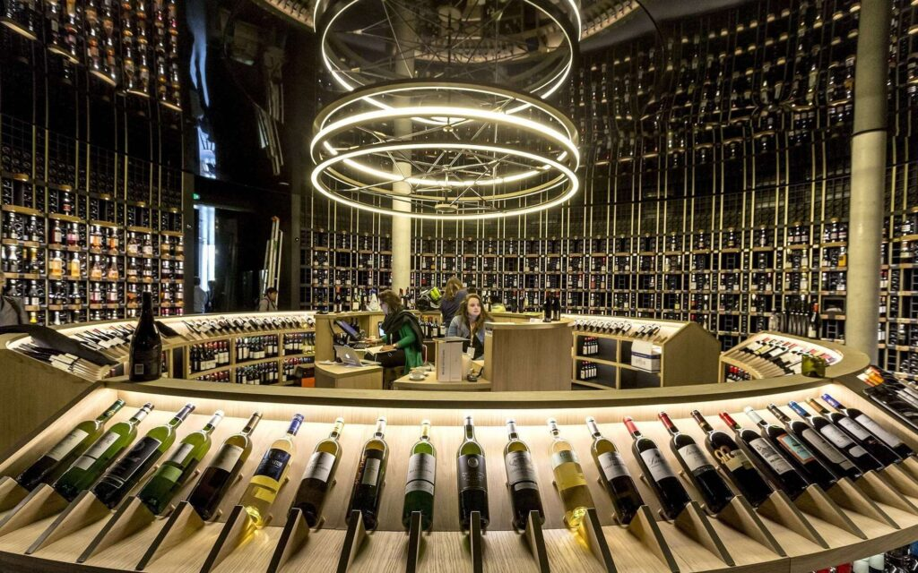 Finir sa visite de la Cité du Vin de Bordeaux par la dégustation au Belvèdère