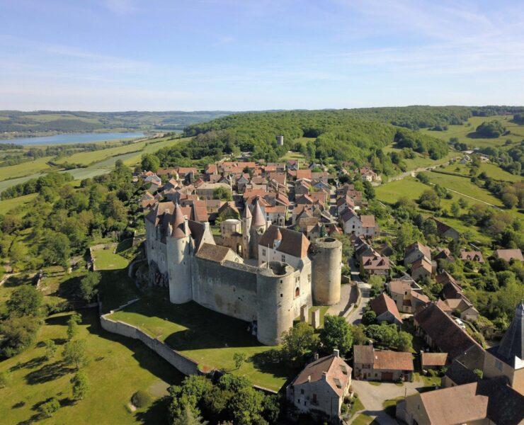visiter aix-en-provence,aix-en-provence - Bourgogne : les 5 plus beaux villages de la région - 2021 - 3